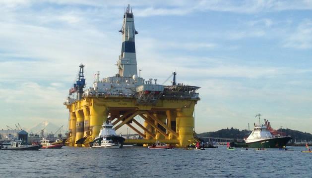 La plataforma Polar Pioneer, de la petrolera Shell.