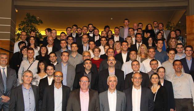 Foto de grupo de los miembros de las delegaciones españolas de CYC
