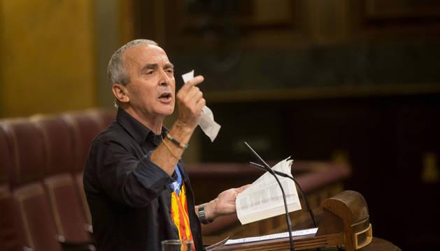 El Congreso no sanciona a Sabino Cuadra a la espera de que rectifique