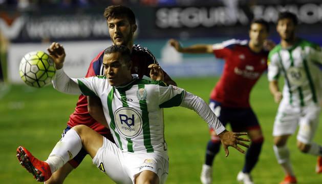 Oier, contra el Córdoba.