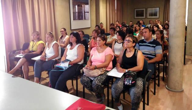 Asistentes a la sesión informativa del programa Ribera Emprende.