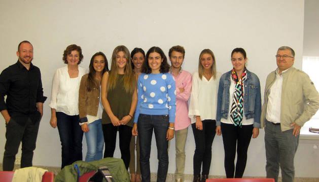 Alumnos del Grado de Derecho de la UN que se incorporan a la Asesoría Jurídica de la Casa de la Juventud.