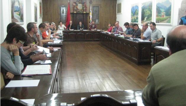 Sesión ordinaria celebrada del jueves por la Junta General del valle de Baztan.