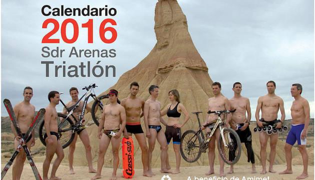 Portada del calendario solidario realizado por el equipo de triatlón de la SDR Arenas en beneficio de Amimet.