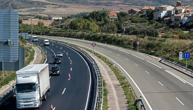 Vista del tramo de la A-12 en Lorca, con circulación en sentido Logroño.