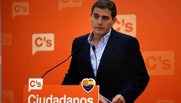 RIVERA ACONSEJA A PP Y PSOE DEJAR DE HABLAR DE C'S Y AFRONTAR SUS CRISIS