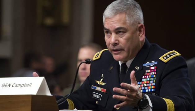 El comandante de las fuerzas estadounidenses en Afganistán, John Campbell.
