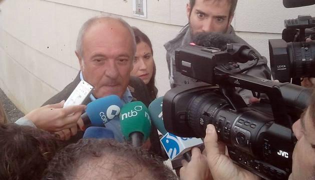 Ibero, a su llegada a la Audiencia.