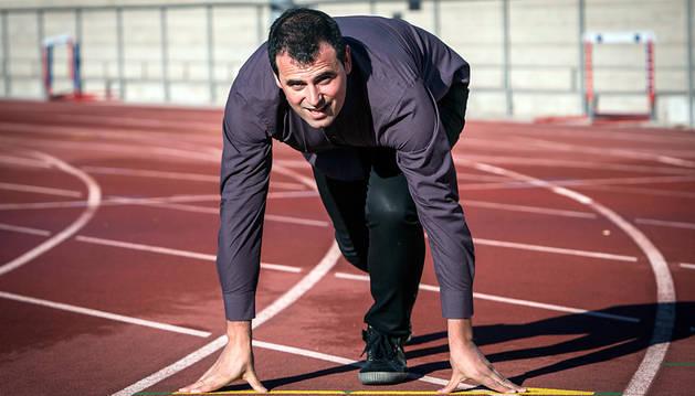 Rubén Goñi, ayer en la pista de atletismo del estadio Larrabide de Pamplona.