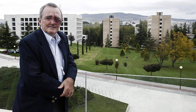 El bioquímico Mariano Barbacid (Madrid, 1949), durante una entrevista con Efe.