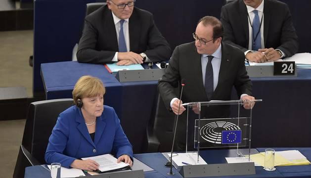 Hollande pide actuar para evitar que la guerra de Siria llegue a Europa