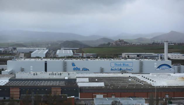 Vista aérea del edificio de pintura de Volkswagen Navarra.