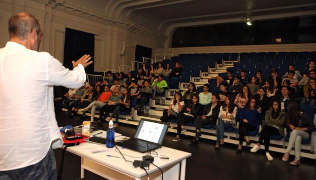 Ocho asociaciones de Tudela buscan voluntarios entre alumnos de Jesuitas