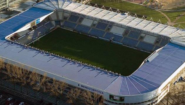 Vista aérea del estadio de Mendizorrotza.