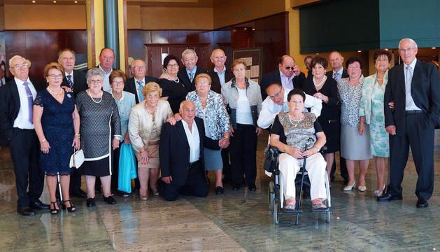Los jubilados homenajean a doce matrimonios