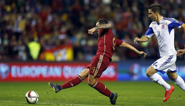 España busca hotel en Francia tras golear a Luxemburgo (4-0)