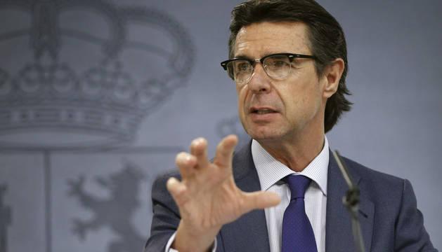 Soria vincula la inversión de VW a planes públicos de ayuda a I+D+i