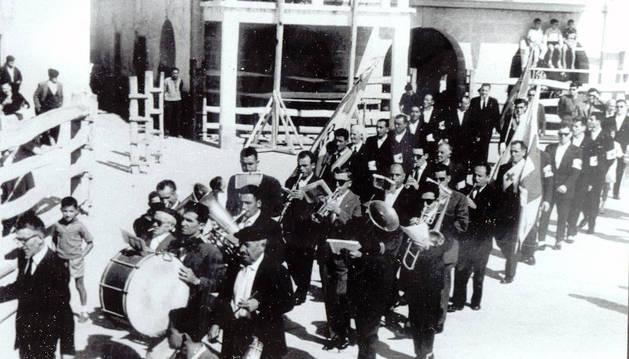 Un siglo al son de la banda de Marcilla