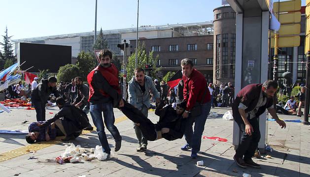 Al menos 20 muertos en un atentado en el centro de Ankara