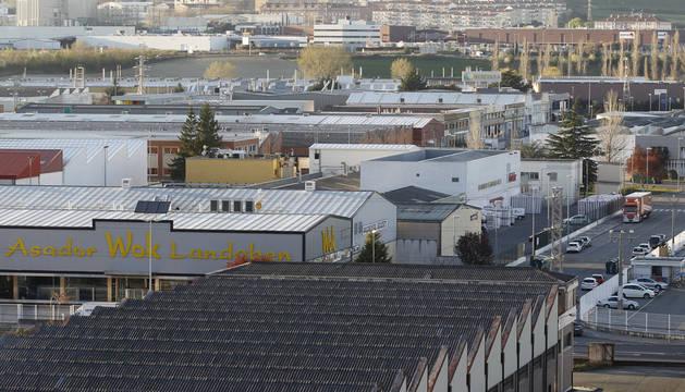 La mayor parte de los casi 10.000 empleos de la industria auxiliar dependen de VW Navarra