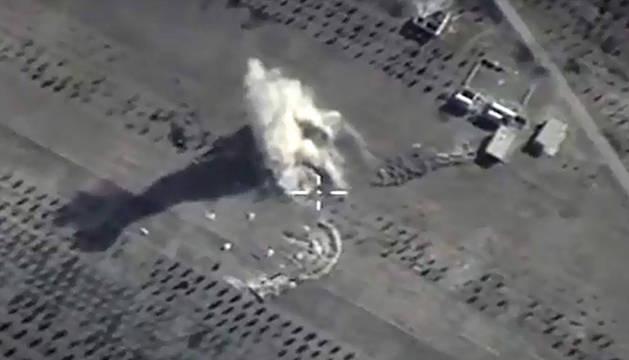 Imagen cedida por Rusia de un ataque sobre territorio sirio.