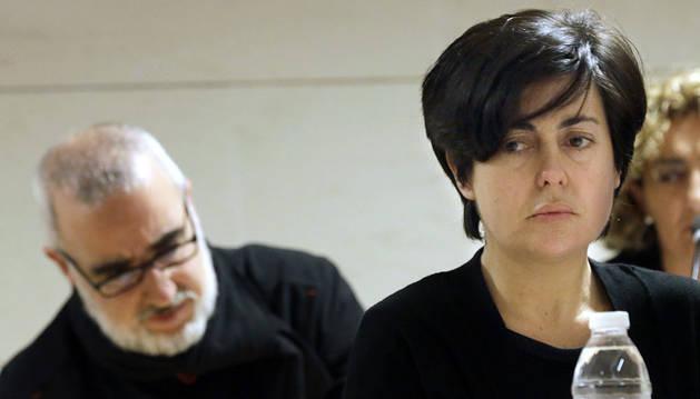 Rosario Porto y su marido, en el tribunal.