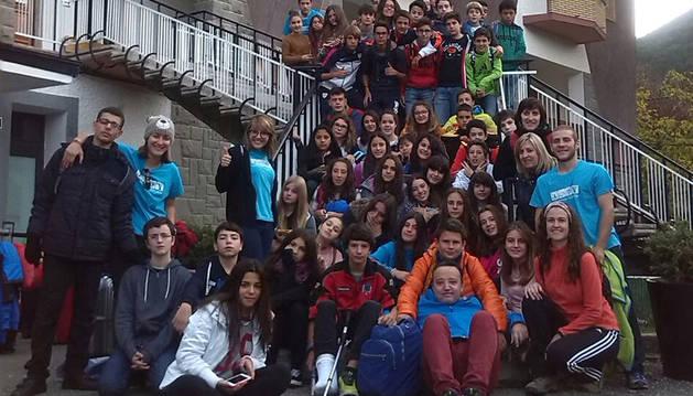 Imagen de los participantes en el programa de inmersión lingüística celebrado en Villanúa.