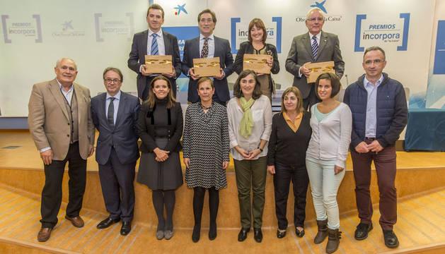Premiados, autoridades y organizadores de los premios Incorpora