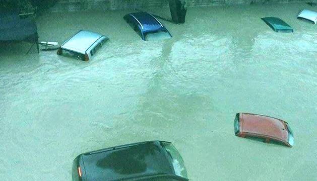 Inundaciones a consecuencia del desbordamiento del río Calore en Benevento.