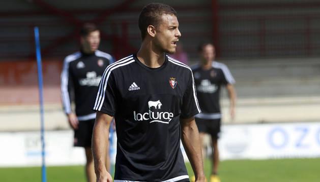 Tano será titular contra el Albacete.