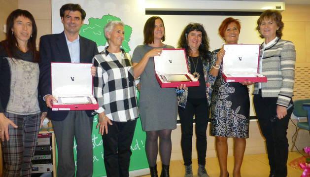Mertxe Leránoz, Ignacio Ugalde, Arantxa Gambra, Patricia Abad, Eva Istúriz, Isabel Garayoa y Rosalía Echevería.