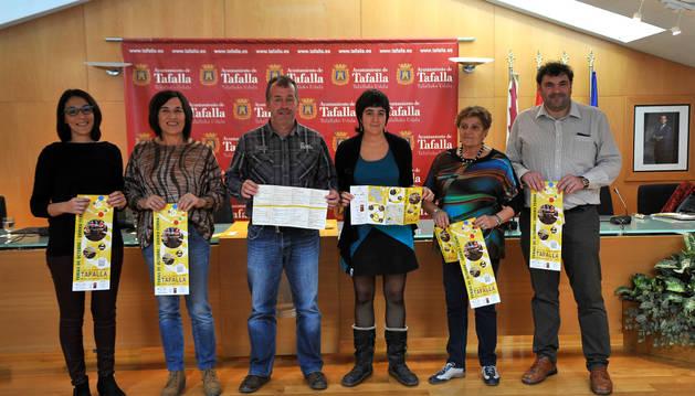 María Amatriáin, Soco Ojer, José Ignacio Moros, Haizea Lizarbe, Albina Prieto y Josemi Ullate.