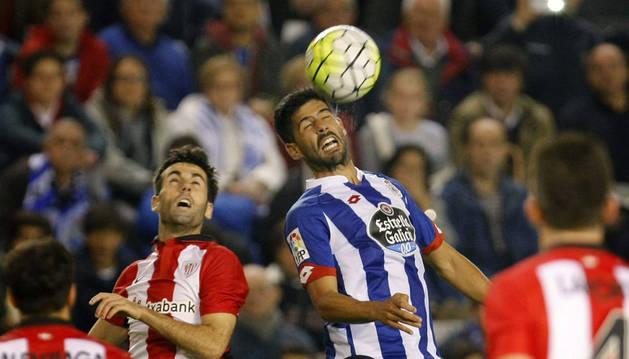 La fe del Deportivo le permite rescatar un punto ante el Athletic