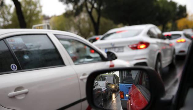 CONTINÚAN LAS RETENCIONES EN LOS ACCESOS A MADRID TRAS VARIAS HORAS DE ATASCO