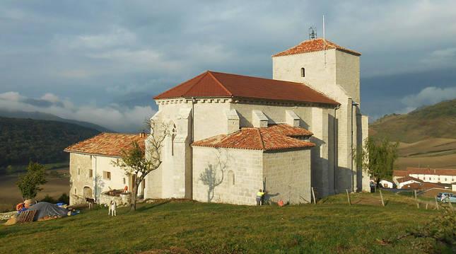Finalizadas las obras de restauración de la iglesia de Larumbe