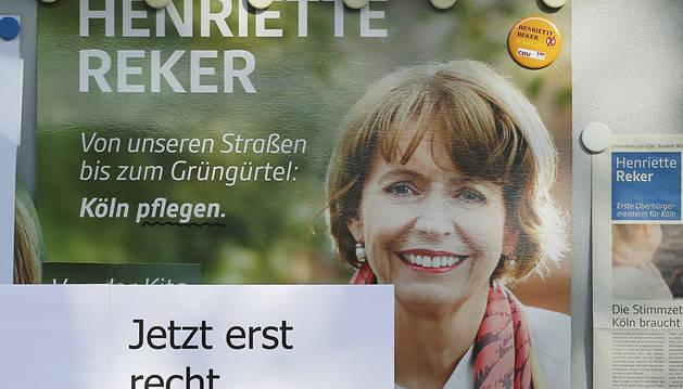 La candidata agredida, en un cartel electoral.