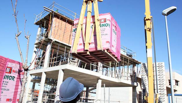 Construcción de un edificio en la zona de Queiles, en Tudela.