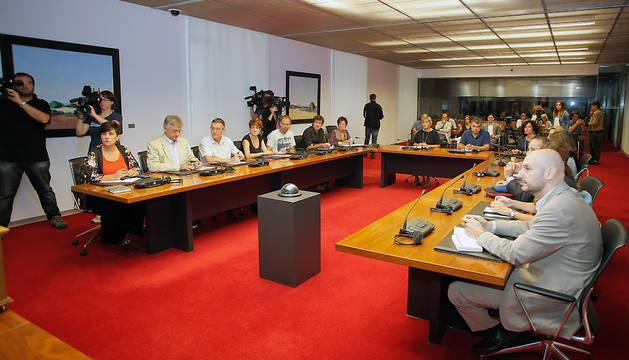 Reunión de la comisión de Relaciones Ciudadanas e Institucionales del Parlamento de Navarra.