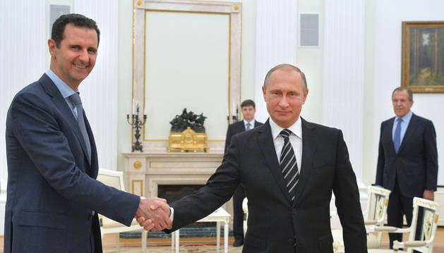 Al Asad se reúne con Putin en Moscú para analizar la situación en Siria