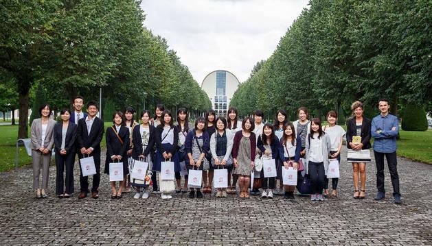 Veinte estudiantes universitarios de Japón visitan la UPNA