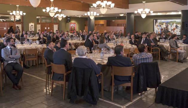 Más de 150 personas del mundo empresarial, académico e institucional asistieron al foro.