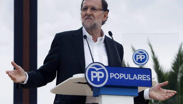 """RAJOY PROMETE LA MEJOR LEGISLATURA DE ESPAÑA FRENTE A UN """"DESORIENTADO"""" PSOE"""