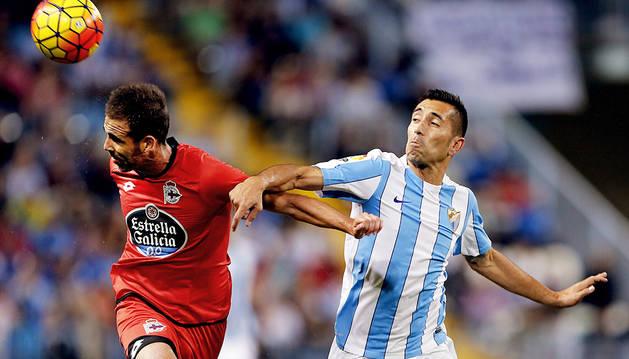 El Málaga suma para salir de la zona peligrosa (2-0)