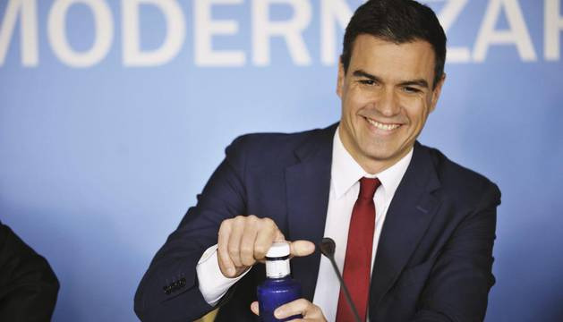 Sánchez cree que Rajoy llega a las elecciones