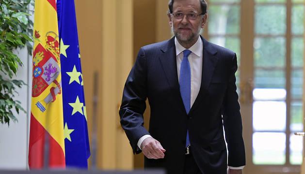 Mariano Rajoy se dirige a la rueda de prensa posterior a la reunión extraordinaria del Consejo de Ministros.