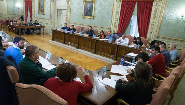 Instante de la celebración del pleno del Ayuntamiento de Tudela que tuvo lugar el lunes.