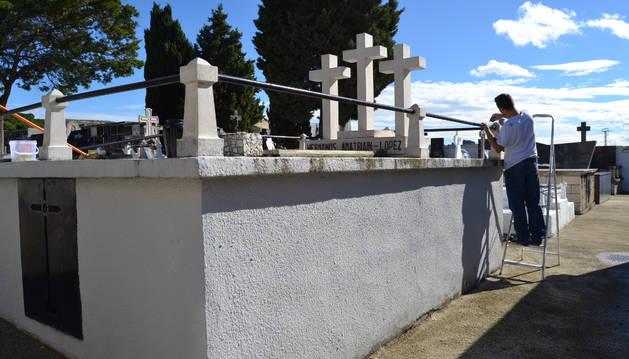 San Adrián mantiene las tasas con  nuevas tarifas en el cementerio