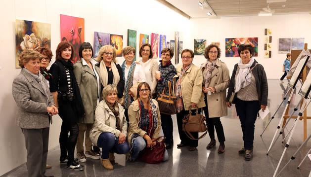 Exposición de obras del taller de pintura de Miren Morentín