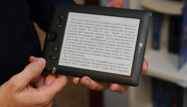 Un libro electrónico.