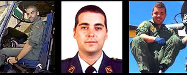 De izda. a dcha.: El capitán José Morales Rodríguez, de 36 años; el teniente Saúl López Quesada, de 26 años; y el sargento Jhonander Josué Ojeda Alemán, de 27.